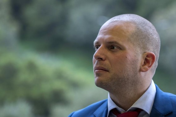 Francken wil verblijfsrecht gevatte terreurverdachte intrekken