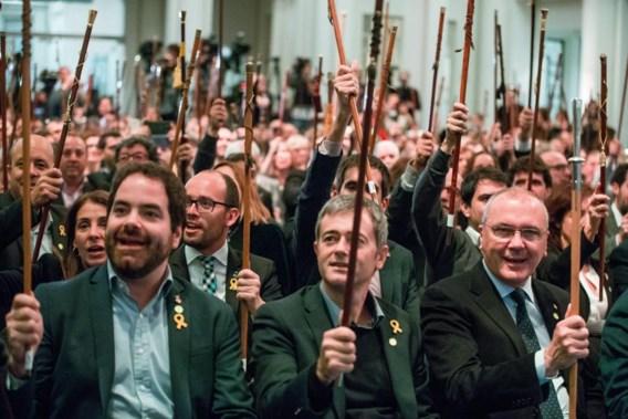 200 Catalaanse burgemeesters in Brussel: 'Europa, help ons alstublieft'