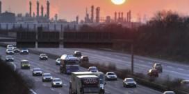 Autolobby staat op uitstootrem