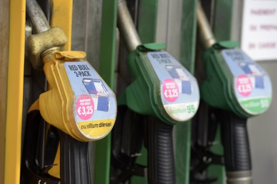 U gaat beter nog vandaag tanken: benzine wordt zaterdag duurder