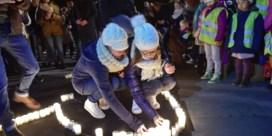 2.000 mensen houden wake voor slachtoffer terreuraanslag New York in Oostnieuwkerke