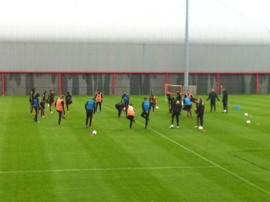 Lichtpuntje in defensiezorgen bij Rode Duivels: Vertonghen maakt wederoptreden op training, Hazard ontbreekt