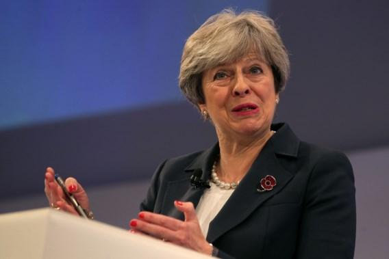 Veertig Tory-afgevaardigden eisen dat May ontslag neemt