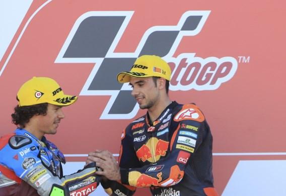 Oliveira pakt in Moto2 derde winst op rij, Xavier Siméon moet opgeven in Valencia