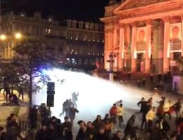 Kritiek op 'afwezigheid' politie na zware rellen in centrum Brussel