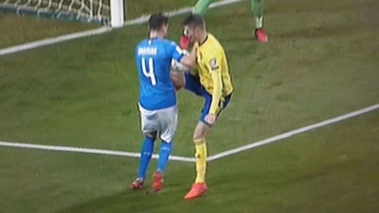Drama voor Italië: geen WK voor Azzurri na resem gemiste kansen en niet-gefloten strafschoppen tegen Zweden