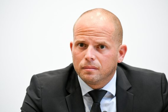Peeters: 'Uitspraken Francken niet wijs'