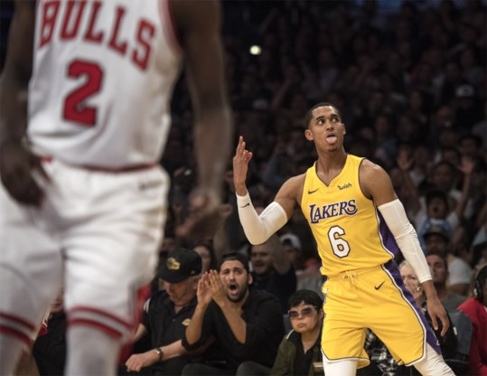 Lakers winnen klassieker tegen Bulls na knappe comeback: 19.000 fans gaan uit hun dak