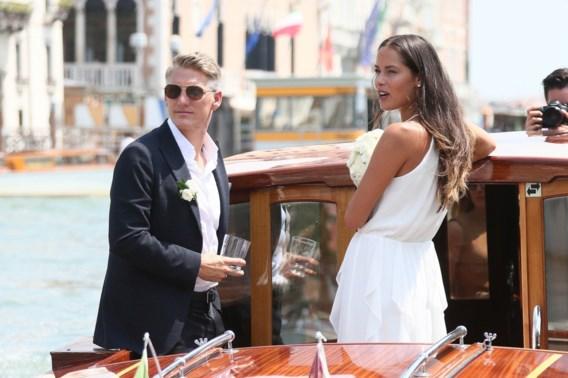 Ana Ivanovic en Bastian Schweinsteiger hebben heuglijk nieuws