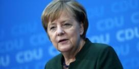 Merkel: 'Ik ben bereid om met Schulz te praten'