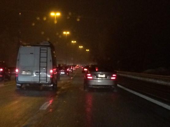 Verkeerschaos: twee doden bij ongeval E17, recordfile door winterweer