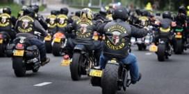 Politiemacht valt binnen bij motorbende Satudarah