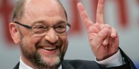 SPD-leider Martin Schulz met gemak herverkozen