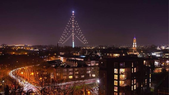 'Grootste kerstboom ter wereld' geveld door bliksem