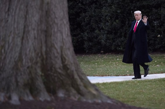Vrouwen eisen onderzoek naar Trumps losse handjes