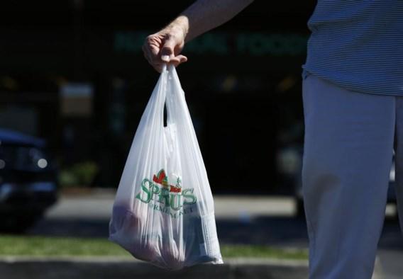 Maak plastic zakjes betalend, zeggen bakker en slager