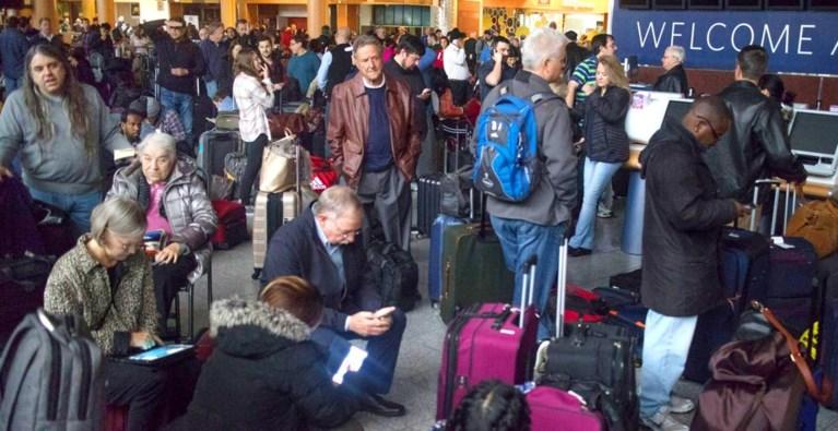 Stroompanne drukste luchthaven ter wereld hersteld: meer dan 1.500 vluchten geschrapt