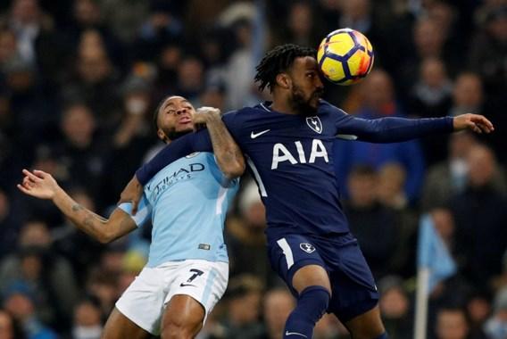 Politie van Manchester opent onderzoek naar racistisch incident tegen City-speler Sterling