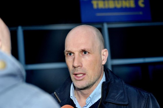 Clement wordt de nieuwe trainer van Racing Genk, Waasland-Beveren haalt uit naar Limburgse club