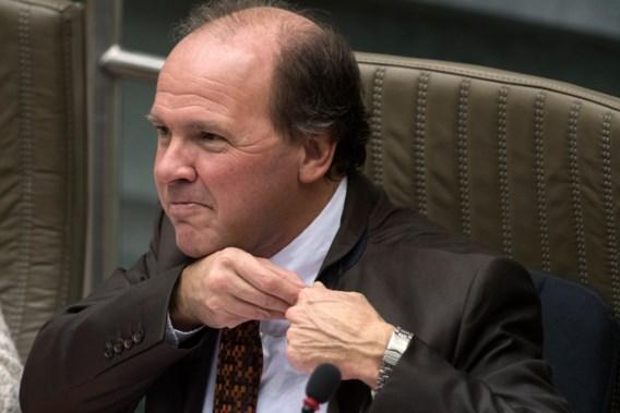 Kabinet-Muyters 'plooit zich dubbel' voor Uplace