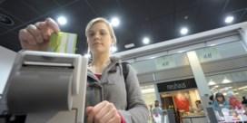 Kerstinkopen zorgen voor recordaantal elektronische betalingen