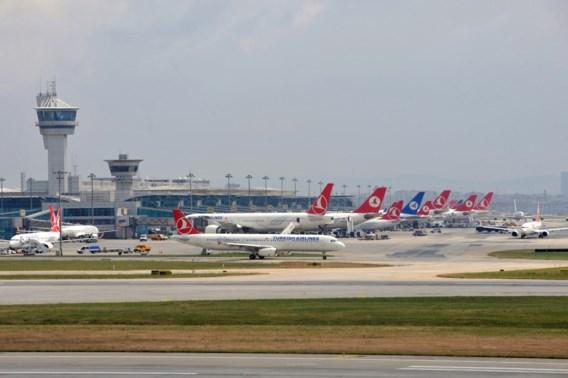 Turkije controleert alle Nederlandse reizigers met honden