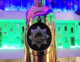 Bewakingscamera filmt diefstal 'duurste wodkafles ter wereld'