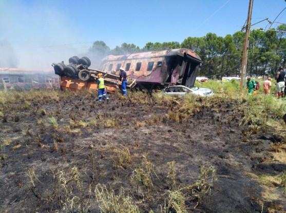 Al zeker 18 doden na treinongeval in Zuid-Afrika