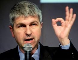 Ivo Belet: 'Francken had zelf ontslag moeten nemen'