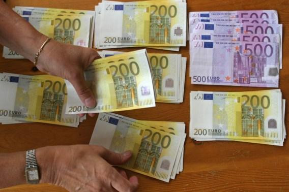 Belgen gaven in december plots massaal hun zwart geld aan