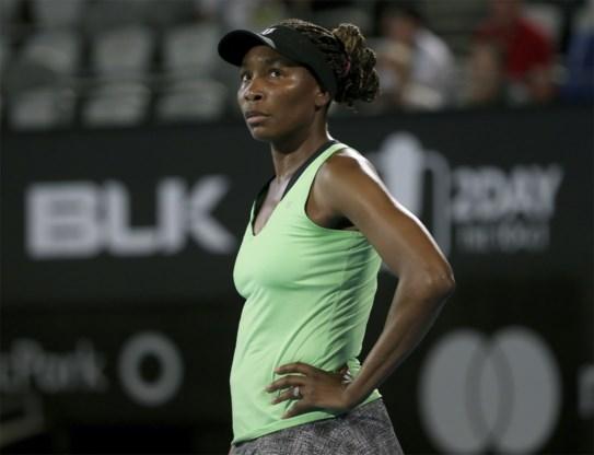 Angelique Kerber verslaat Venus Williams in duel tussen ex-nummers 1 in Sydney