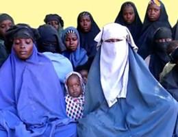 Boko Haram toont beelden ontvoerde meisjes: 'We keren nooit terug'