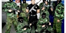 'Rusland traint Servische vechtjassen'