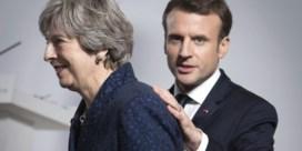 May belooft Macron 50 miljoen voor grenscontroles Calais