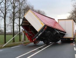 Code rood in Nederland: minstens twee doden