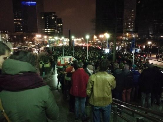 Paar duizend mensen protesteren tegen politieactie in Maximiliaanpark