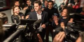 Peter Van Aelst steunt de 'zakkenvullers': straks wil niemand nog aan politiek doen