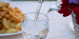 Twee restaurants die kraantjeswater verkopen als flessenwater aangeklaagd