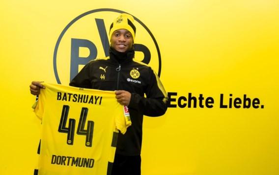 Officieel: Chelsea laat Batshuayi naar Dortmund gaan, ook transfers van Aubameyang en Giroud afgerond