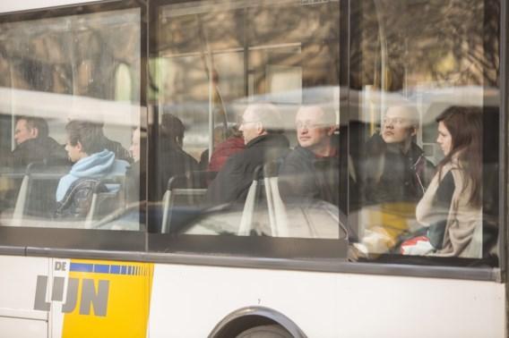 Antwerpen wil bushaltes langs snelwegen, De Lijn is kritisch