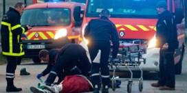 Vijf migranten in levensgevaar na confrontaties in Calais