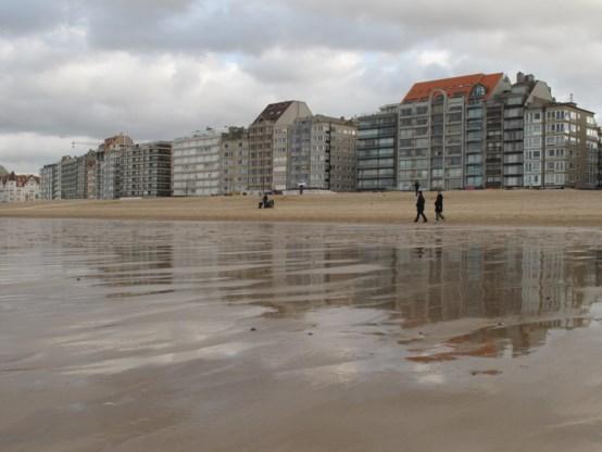 Nederlandse expert noemt Belgische kust om te janken: 'Onze frieten zijn lekkerder'