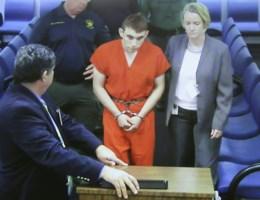 Advocaat schutter Florida: 'Hij is zeer triest, een gebroken kind'