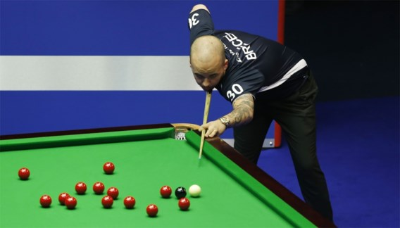 Luca Brecel 'killer' verslaat Graeme Dott in finale Snooker Shoot Out