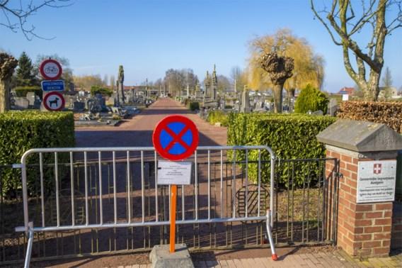 Begrafenis uitgesteld, obus ontdekt in graf