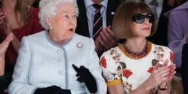 Queen Elizabeth maakt catwalkdebuut