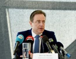 De Wever: 'We gaan met drugsteam aan de deuren bellen en zeggen dat het feest voorbij is'