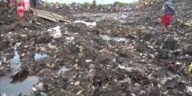 Enorme afvalberg stort in en eist zeker zeventien levens