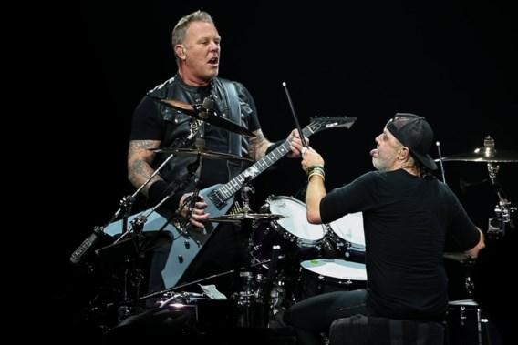 Gesigneerd Metallica-album als cadeau? Dat is dan 800 dollar