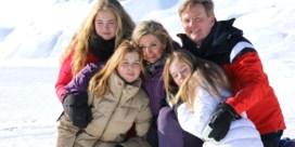 Koning Willem-Alexander poseert met gezin bij -20 graden